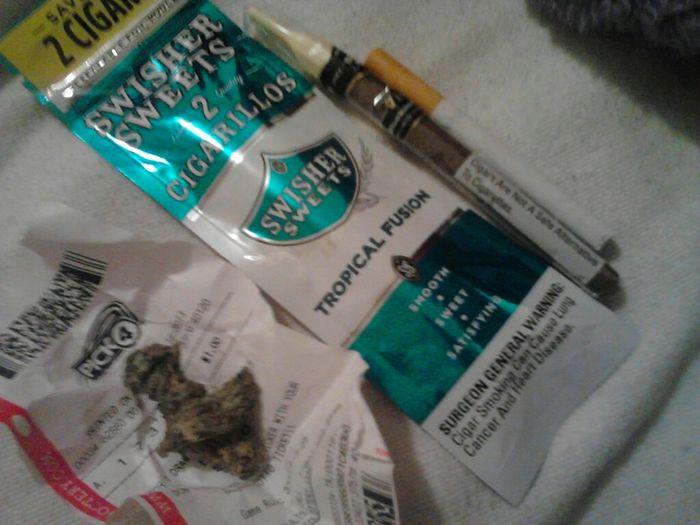 Smokin Weeds Mihh Hobbie Love Bein A Stoner