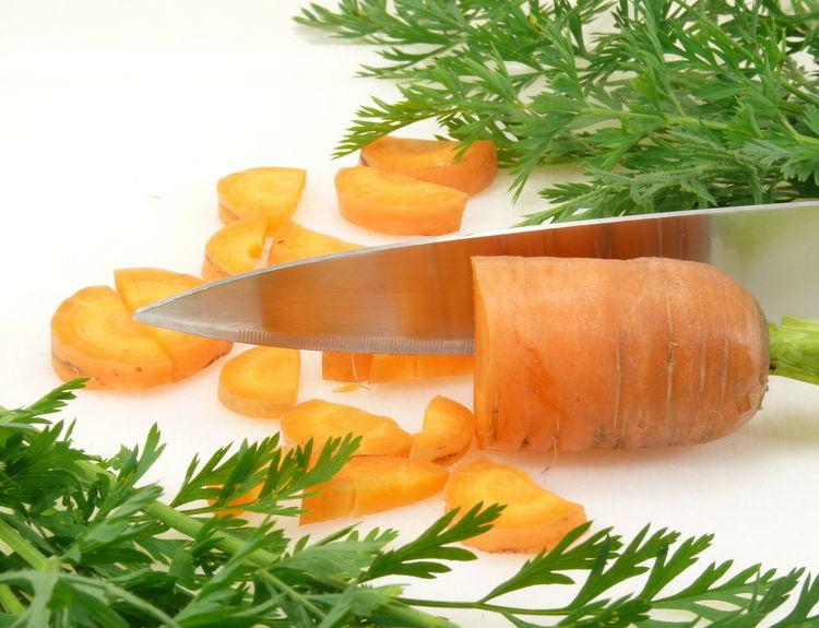 Cutting Board Food Freshness Knifeporn Mohrrüben Möhre Möhren No People Root Vegetable Roots Vegetable White Background Wurzelgemüse