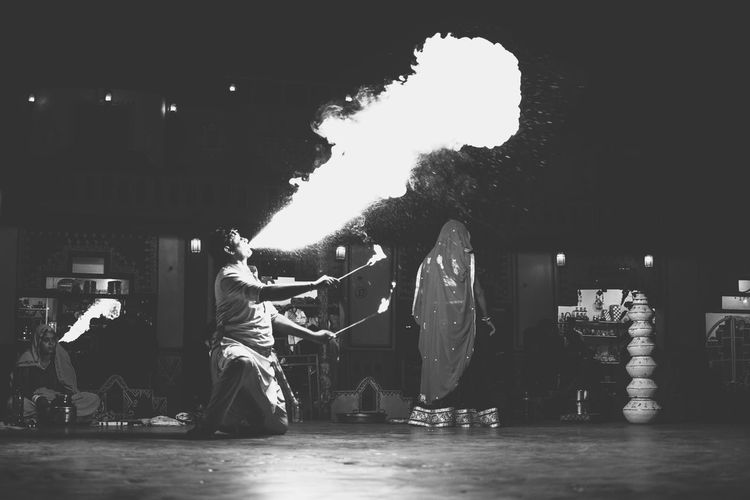 😥 InMakin! Fire And Flames Fire Capture The Moment Performance Performer  Perspective My Unique Style Popular Photos EyeEm Gallery Bnw Blackandwhite Traditional People Monochrome Resist EyeEm Diversity Break The Mold BYOPaper! The Street Photographer - 2017 EyeEm Awards