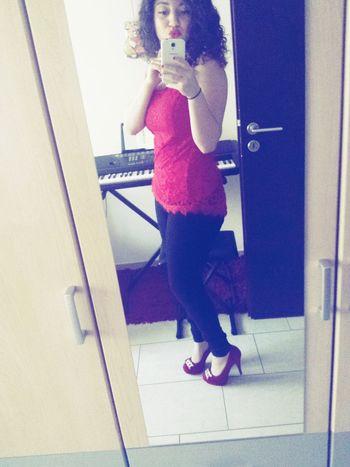 Today's hot look model Sicilian Girl❤ Curls ♡