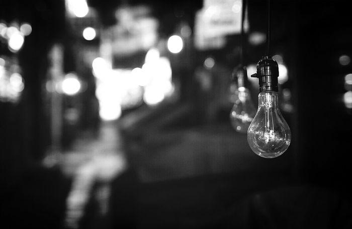 Off Market Silent Filament Light Monochrome @korea seoul namdaemun market @Canon eos m / 85mm f1.8