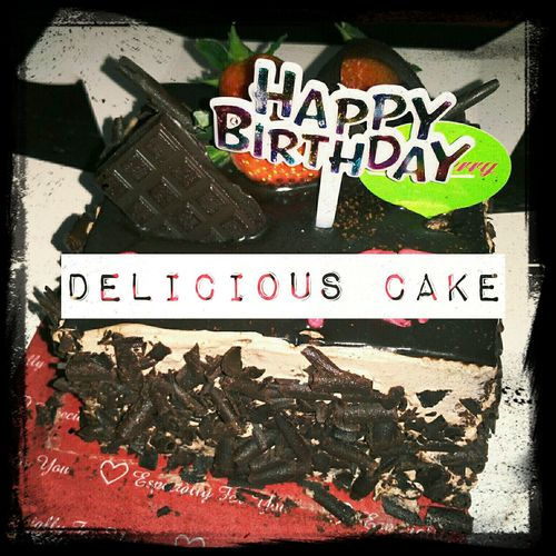 Happy Birthday! Chocolate Cake Cake Yammy!!