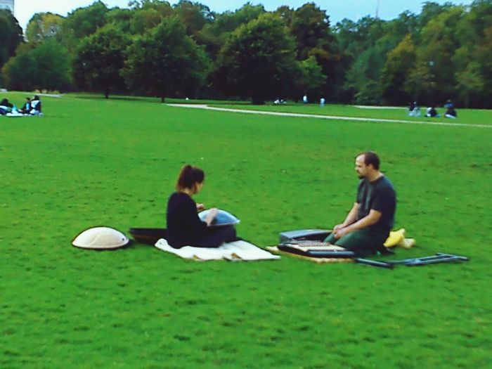 Relaxing in Hyde Park Stand Out From The Crowd Enjoying Life Friendship London Parks