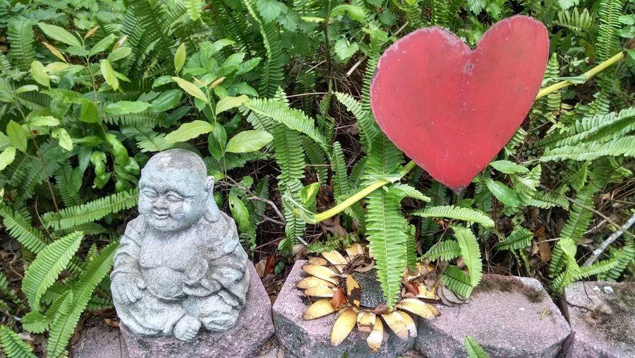 Sunflower Love Red Heart Shape Sculpture Statue Art Buddha The Still Life Photographer - 2018 EyeEm Awards The Street Photographer - 2018 EyeEm Awards The Creative - 2018 EyeEm Awards The Photojournalist - 2018 EyeEm Awards The Great Outdoors - 2018 EyeEm Awards The Traveler - 2018 EyeEm Awards