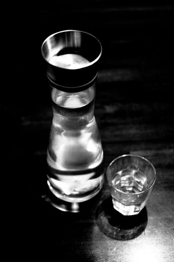refreshing Black And White Black And White Photography Carafe Close-up Drink Drinking Glass Eyeem Black And White EyeEm Black&white! Freshness Ginger Water Glass Glass - Material Glass Of Water Indoors  No People Table Water EyeEmNewHere