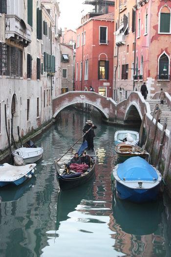 Venice Venice Canals Venice Italy Gondole In Venice Italy Holidays Italia Italy Canal Gondola Venezia Veneza Fog