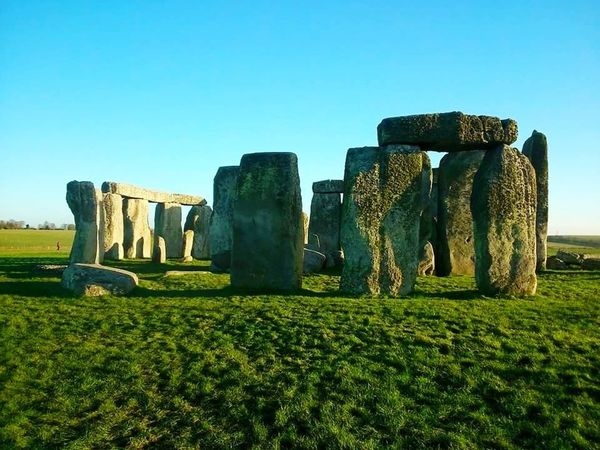 Clear Sky Outdoors Sky Nature Stone Henge Salisbury Monuments Of The World England 🌹 Tourist Attraction  No People Blue Tranquility Day Scenics Walks Ancient Ruins Ancient