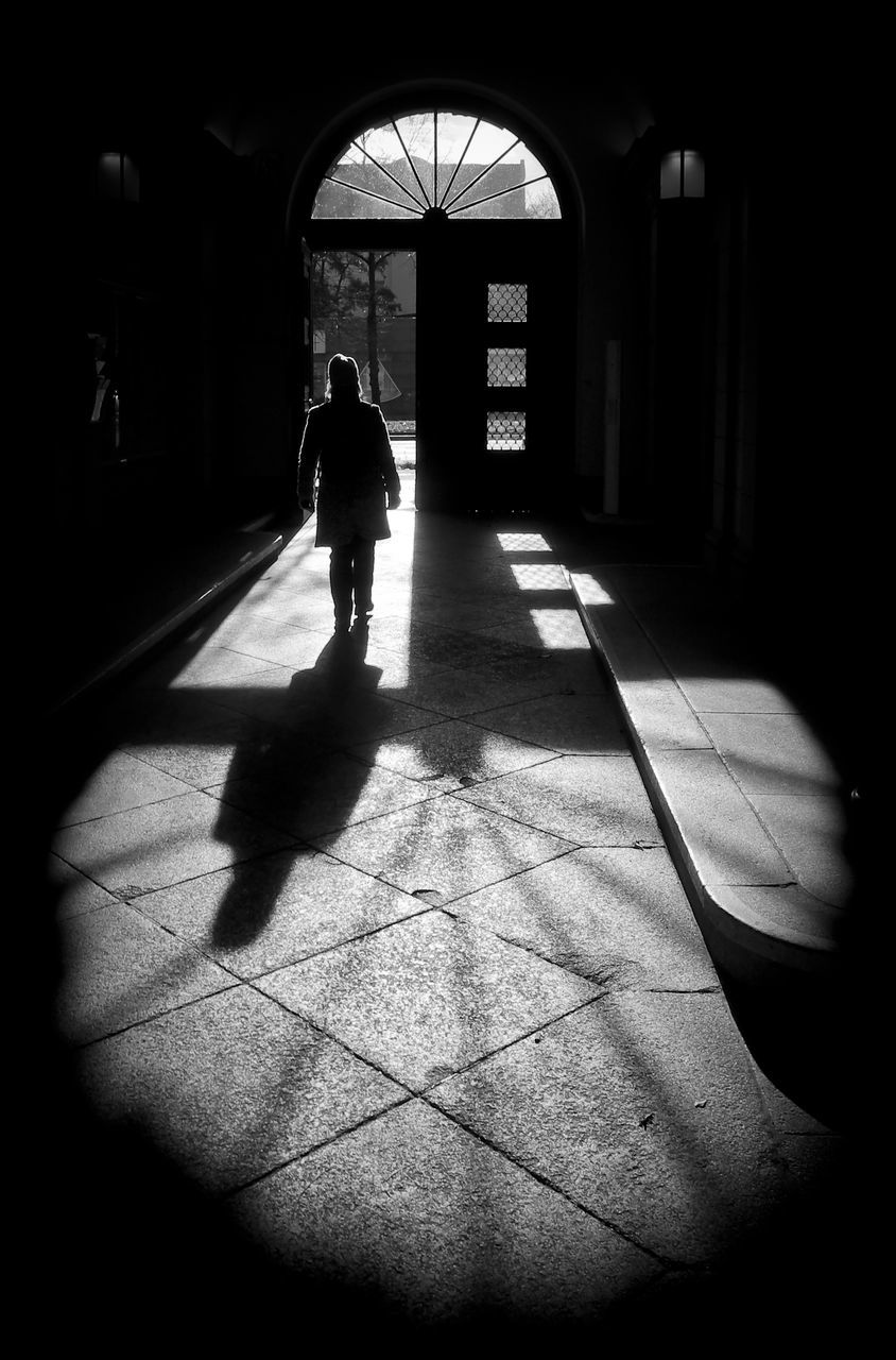 shadow, sunlight, real people, one person, full length, silhouette, walking, indoors, day, lifestyles, architecture, men, people
