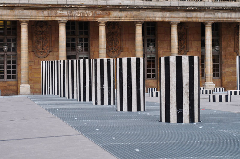 Architecture Bianco E Nero Colonne Columns France Francia Palais Royal Parigi Paris Righe Verticali The Architect - 2016 EyeEm Awards