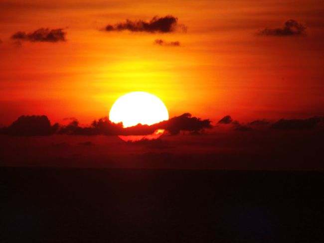 Sunset Yellow And Orange Tones And Contrast Sun Going Down No Filters Or Effects Carribean Bright Evening Eye4photography  Eyeemphotography
