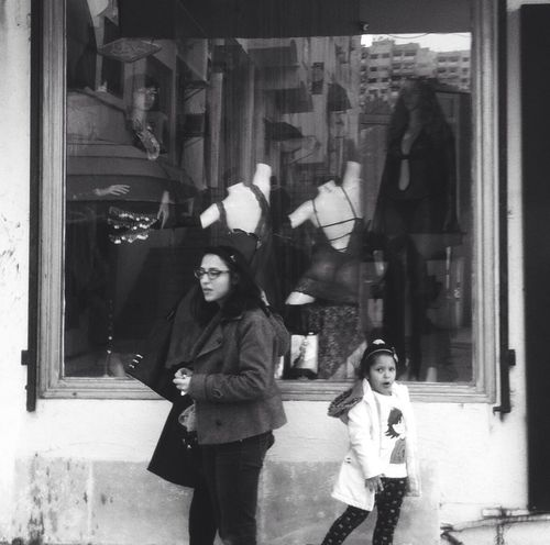 People Watching Blackandwhite Tunisia Peoplephotography Walking Around Vscocam Streetphotography