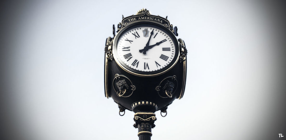Time heals what reason can not Learn & Shoot: Simplicity Clock Ticktock AmericanaAtBrand Glendale