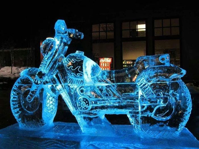 Ice Sculpture Motorcycle Technology Christmas Decoration Sculpture Blue Close-up