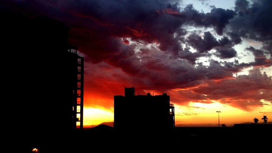 Crimson Clouds Dark Clouds Silhouette Buildings Sunset Fire In Clouds Horizon Heavy Clouds Dark Clouds
