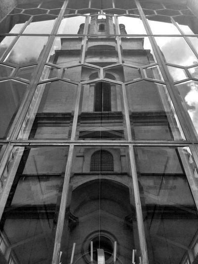 The reflected tower AMPt_community_London AMPt_community Londononly Blackandwhite