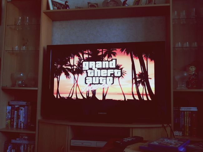 Playing with bro :) GTA Ps2 Chilling