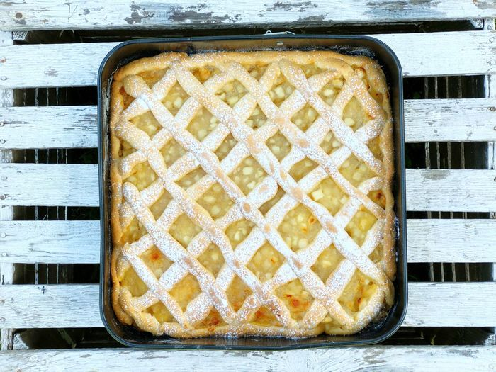 Apple Cake Apple Pie Pie Homemade Top View Sweet Food Food And Drink No People Freshness Directly Above Close-up Pattern Sweet Food Meal Dairy Product Dessert Tray Single Object Day Healthy Eating Snack Wood