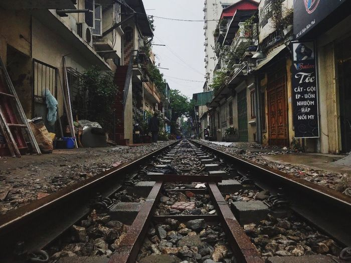 Hanoi, Vietnam Vietnam Wonders Vietnam Viernamese Hanoi Railroad Track Transportation Architecture Diminishing Perspective The Way Forward Built Structure Real People Building Exterior Day