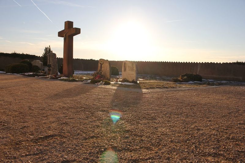 Cemetery Cross Cross Day Flares Friedhof Gravestone Gravestone Photography Gravestones Graveyard Graveyard Beauty No People Nofilter Outdoors Place Of Worship Religion Sky Spirituality Spirituality Sunlight Sunlight Sunlight ☀ Sunset
