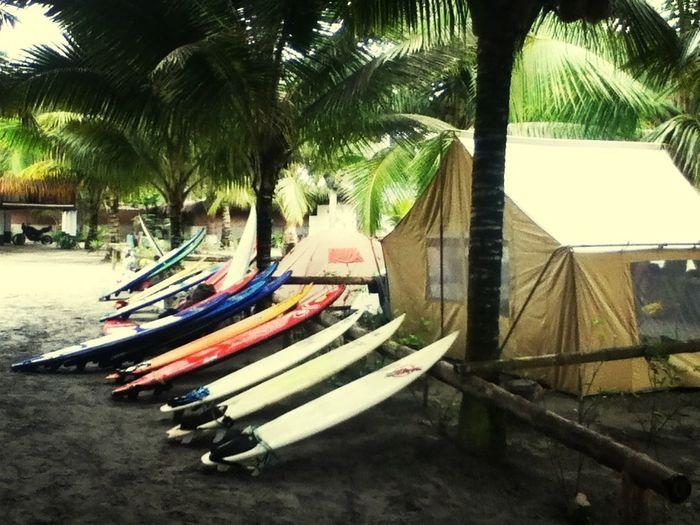 surfeardo en mompiche :3 de lo mejor!