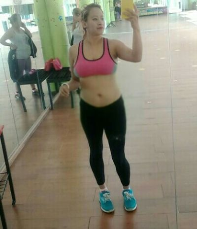 Buenos dias desde el gimnasio Taking Photos That's Me Enjoying Life The Human Condition Today's Hot Look Sexygirls Excercise Time