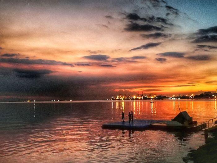 Manila Bay Sunset Roxas Boulevard Baywalk Manila Water Sea Sunset Multi Colored Beach Silhouette Reflection Dramatic Sky