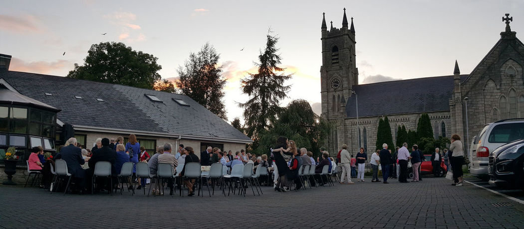 Church Al Fresco Building Exterior Evening Large Group Of People Outdoors People Real People Soirée Summer Evening