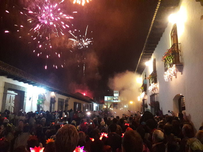 New Year Around The World La Calle del Arco, Antigua Guatemala 2016 Happynewyear Antigua Guatemala