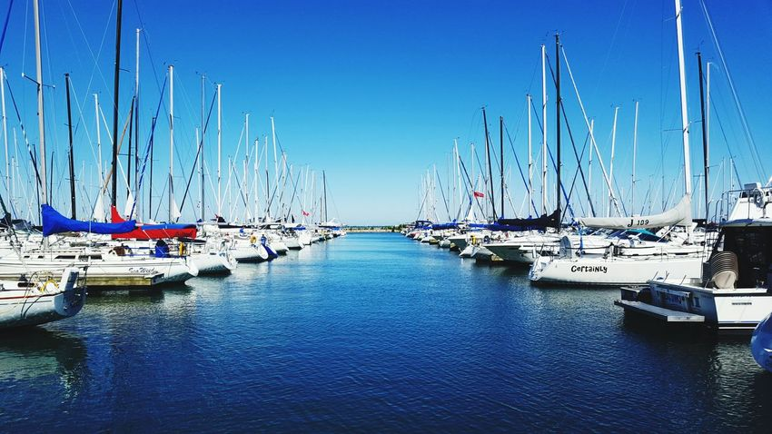 Dock Yacht Yachts Lake Michigan Water In A Row Organized Lined Lined Up Chicago Boat Boats Boats And Water Lake Lake View Dockside Docked Docked Boats Yacht Harbor Lined Up In A Row Pricey Peaceful Peace Serene Organized Chaos