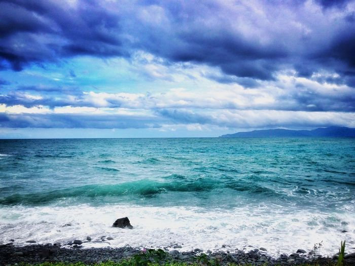 Sea Sky Horizon Over Water Cloud - Sky Beauty In Nature Nature Water Scenics Wave Tranquility Outdoors Tranquil Scene No People Day Beach One Step Forward Be. Ready. Landscape_photography Beauty In Nature Ilovephotographyofficial EyeEmNewHere Be. Ready.
