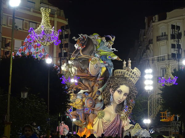 Illuminated Popular Taking Photos First Eyeem Photo SPAIN Popular Photos Travel Destinations UNESCO World Heritage Site Falles2017 València Statue Sculpture Fallasunesco Outdoors Falla Sueca - Literato Azorín