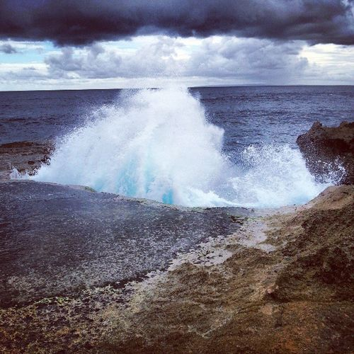 Devil's tears on Nusa Lembogan Devilstears Nusalembogan Waves Ocean beautiful follow followme