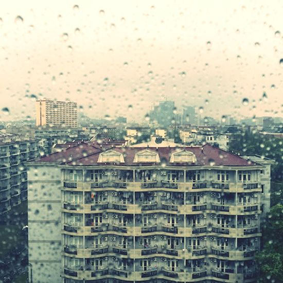 Window Rain Building School 此雨绵绵 无绝期