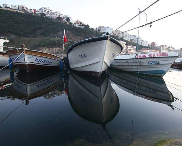 Reflection😍 . . . . Bugün aile fotoğraflarima gosterdiğiniz ilgiye çok tesekkür ederim.Tüm sevdiklerimizle huzur dolu yıllarımız olsun.Hep sevelim sevilelim canlar.🙋🙋😊 . . ✨Wonderful_places ✨Beautifuldestinations ✨Instagood ✨Bir_dakika ✨Click_n_share ✨Ig_worldclub ✨Igworldclub ✨Worldframeclub ✨Instagram✨ Türkiye ✨Turkey ✨Ig_today ✨World_shotz ✨Ig_sharepoint ✨Igersmood ✨Ig_captures ✨Main_vision ✨Bursafotografcilik ✨DeluxeFX ✨Bestvacations ✨Earthpix ✨Insturkei ✨Natureperfection ✨Ig_masterpiece ✨Alalamiya ✨istgoodmood ✨global_hotshotz ✨nature ✨instasyon ✨natgeo