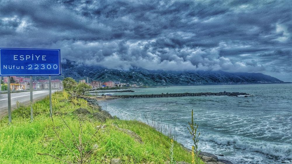 Nature Turkey Karadeniz Manzara Ve Deniz Havası Relaxing Taking Photos Espiye Giresun Deniz 🌿 #nature #toptags #sky #sun #summer #beach #beautiful #pretty #sunset #sunrise #blue #flowers #night #tree #twilight #clouds #beauty #light #cloudporn #photooftheday #love #green #skylovers #dusk #weather #day red iphonesia mothernature