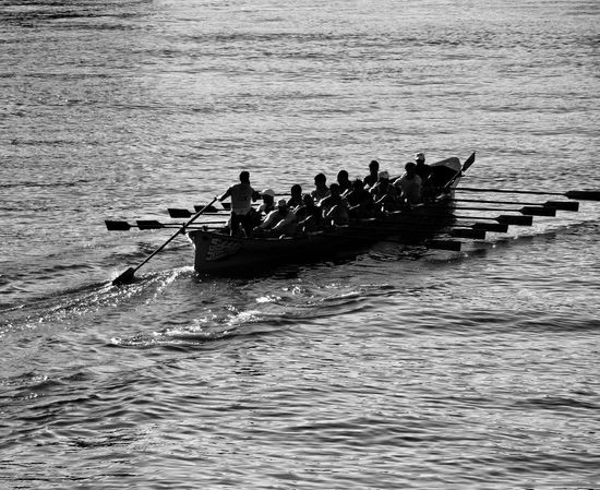 Trainera. Water Bnw_of_our_world Bnwphotography Bnw_captures Bnw_collection Sport Sports sports Sports Photography
