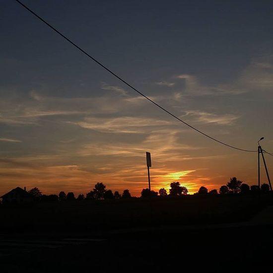 Kolejny Zachod Zachodslonca Słońce Zachod Zachódsłońca Lubraniec Summer Holidays Wakacje SIE  Skonczyly L4l Hasztag Sunrise Twighlight Twighlightzone