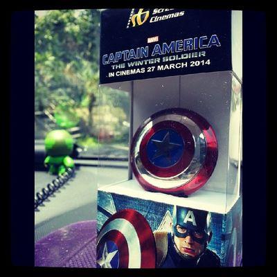 Yea...get it ...heheh GSC Captain America Marvel sheild