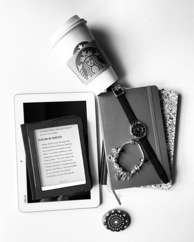 Blackandwhite Black And White Blackandwhite Photography Black And White Photography Black And White Collection  Starbucks Starbucks Coffee Starbucks ❤ Starbucks Love Coffee Love Coffee Moleskine Composition Mandala Pandora Bracelet  Pandora Modern Workplace Culture