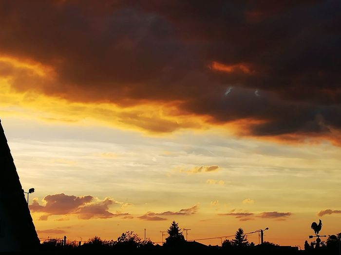 Hello World Sunset Cloud Cloud - Sky Beauty In Nature Nature Dramatic Sky Majestic No People Cloudscape Moody Sky Outdoors Sky Tranquil Scene EyeEm Taking Photos Cloudy Photographie  Eyemphotography EyeEm Gallery Eyeemphoto Photographer Photograph Photography
