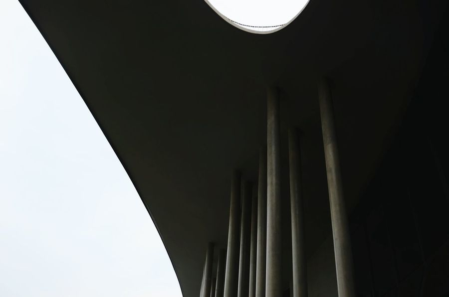 Low Angle View Architecture Built Structure Day Outdoors Building Exterior Steel Cable Steel Structure  Cable Travel Passing By Light And Shadow Endlessness Silvery Art Is Everywhere Wide Shot Nanjing.China Style No People Architecture_collection Close-up