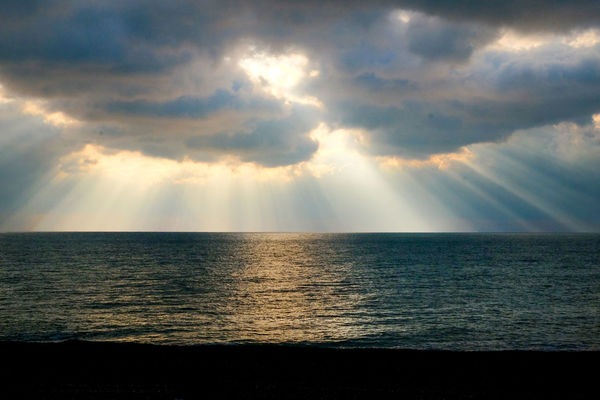 Sun Beams Shining Thru The Clouds Light Rays Rays Of Light Sky Sea Horizon Over Water Horizon Water Cloud - Sky Scenics - Nature Beauty In Nature Tranquility Tranquil Scene Sunbeam Sunlight Nature Idyllic No People Seascape Outdoors Land Sea And Sky