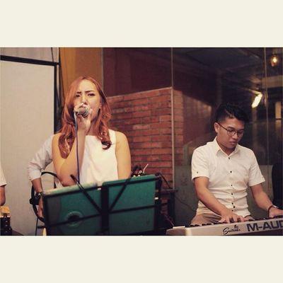 Gathering Bandung Musician @Kopi Progo Suitcase Cafe Bandung Event Gathering Weddingband Pianist Keyboard Bhismamoo Band