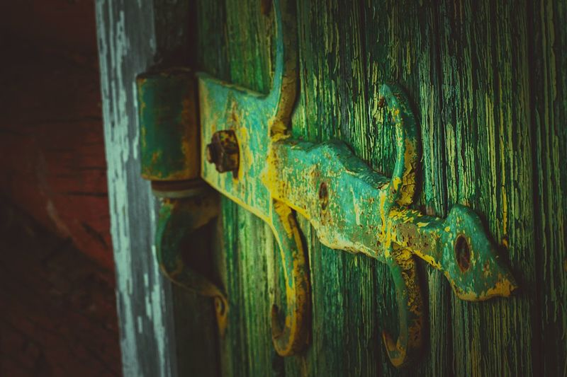 Puerta antigua. Time Colors Olddoor Old House Canon Door Close-up Wood - Material No People Weathered Textured  Rusty Outdoors Backgrounds