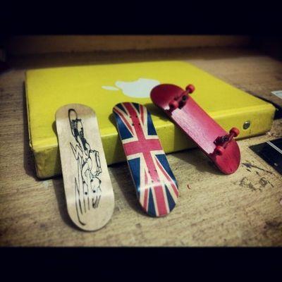 Let's play fingerboard