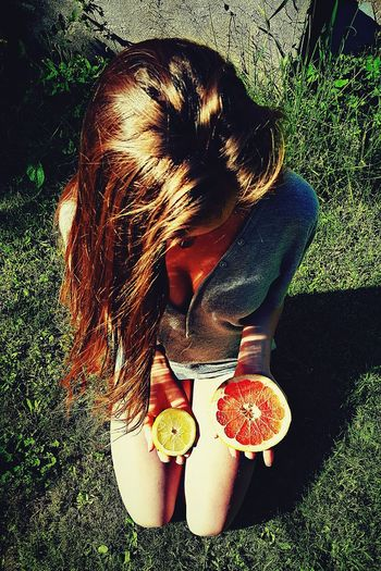 Summer Summertime Summer Vibes Sunny Sunny Day Fruit Fruitporn Fruit Photography Outdoors Outdoor Photography Outdoor Life Photography Love Fruits Healthy Lifestyle Healthy Eating Healthyliving Garden Sitting On The Grass Perspective Summer Pic Lovelyday Sunbathing OurColorfulPlanet Bestfood Yummy