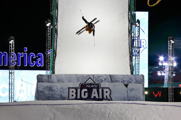 Big Air Boston Devinlogan Fenwaypark Polartec Ski Ski Racing Magazine Skiing Skiingmagazine Skimagazine Usfreeskiing Ussa
