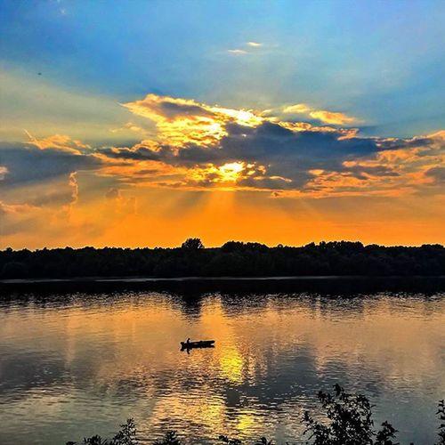 Tonight's sunset Viewmysunset Mik Ig_worldclub Water Hungary Sunetmadness Fishing Instagrammers Lumia930 Lumia WeLoveLumia Sunset Danube Harta