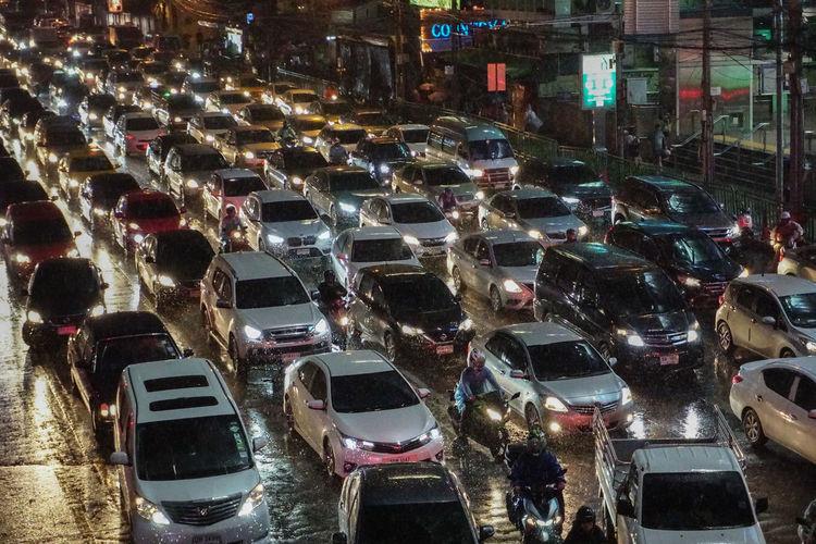 Asok road rainy day Trafic Jam Asoke Road Bkk Thailand Rainy Days RainDrop Life In City Sony A6300 Sony Thailand City Illuminated Car Land Vehicle High Angle View