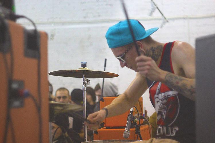 Cap Concert Drummer Drums Gig Hardcorefestival Music Music Festival Music Is My Life Musician Punk Sunglasses